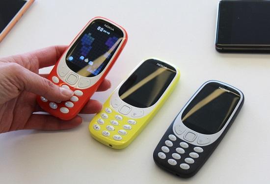 Ritorna Nokia 3310, l'indistruttibile