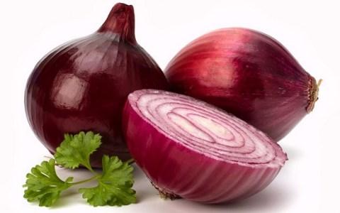 Cipolla rossa: antiossidante naturale contro il cancro