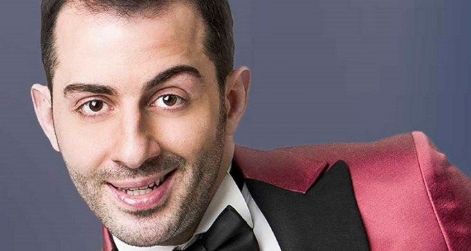 "Francesco Cicchella incanta il Teatro Diana con ""Millevoci tonight show"""