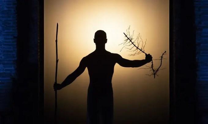 Robert Wilson e il suo Oedipus visionario e d'avant-garde