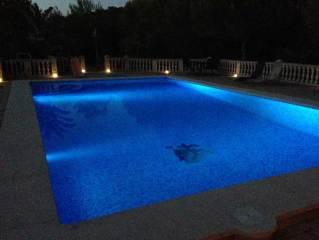 Sex im Pool bei Nacht
