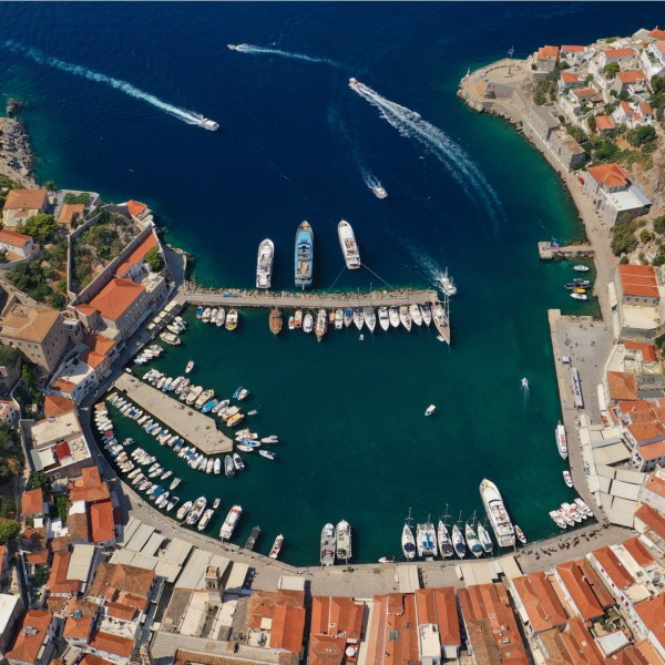 Looking for a classy break: Athens, Nafplio & Hydra