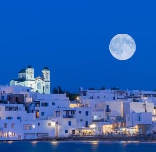 The best of Cyclades: Athens, Paros, Naxos & Santorini