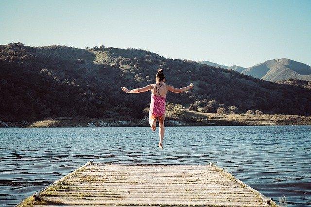 Leben am Limit bedeutet ein Sprung ins kalte Wasser