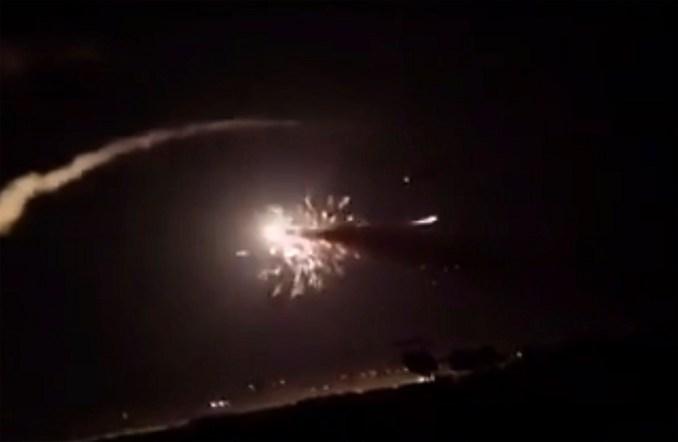 Πυραυλική επιδρομή του Ισραήλ σε στρατιωτικό αεροδρόμιο της Συρίας