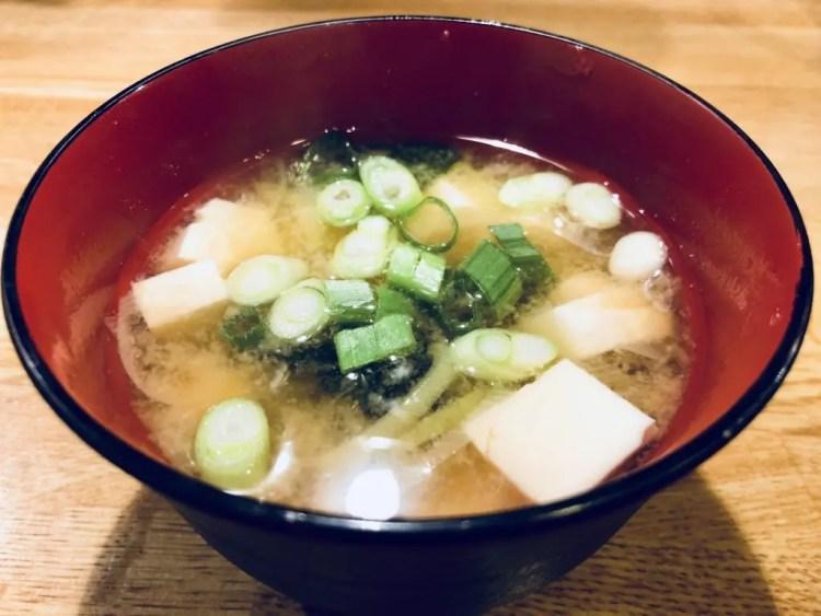Tofu no miso-shiru
