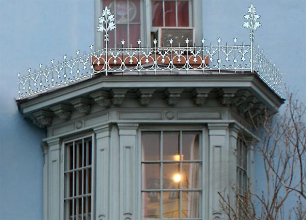 9th Street Landmarks Front Entryway Iron Cresting Amp Rear