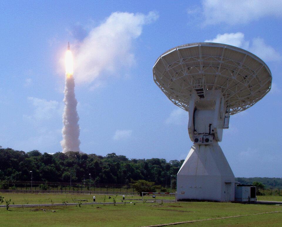 Estação de rastreio em Kourou