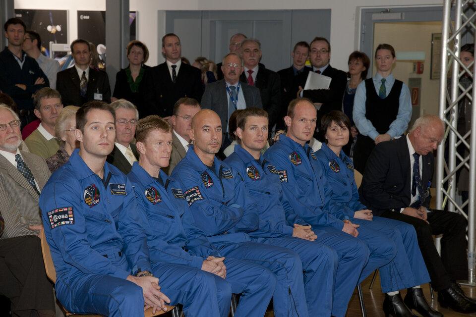 Graduation of ESA astronaut class of 2009