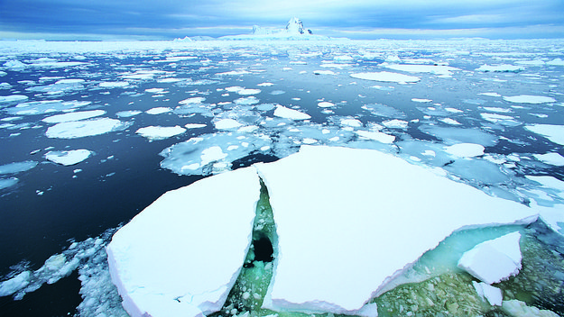 Arctic_and_Space_-_sea_ice_image_for_highlight_large.jpg