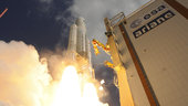 Ariane_5_liftoff_on_flight_VA233_small.jpg