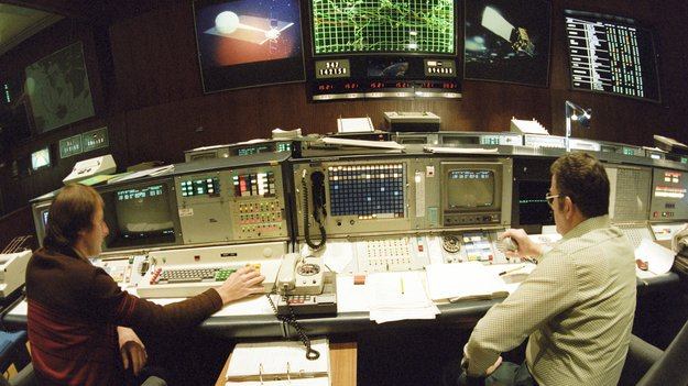 ESOC_Control_Room_1978_large.jpg