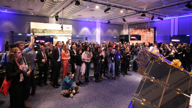 Sentinel2Go_launch_event_at_ESOC_large.jpg