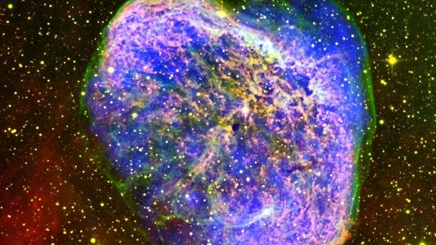 Crescent_nebula_large.jpg