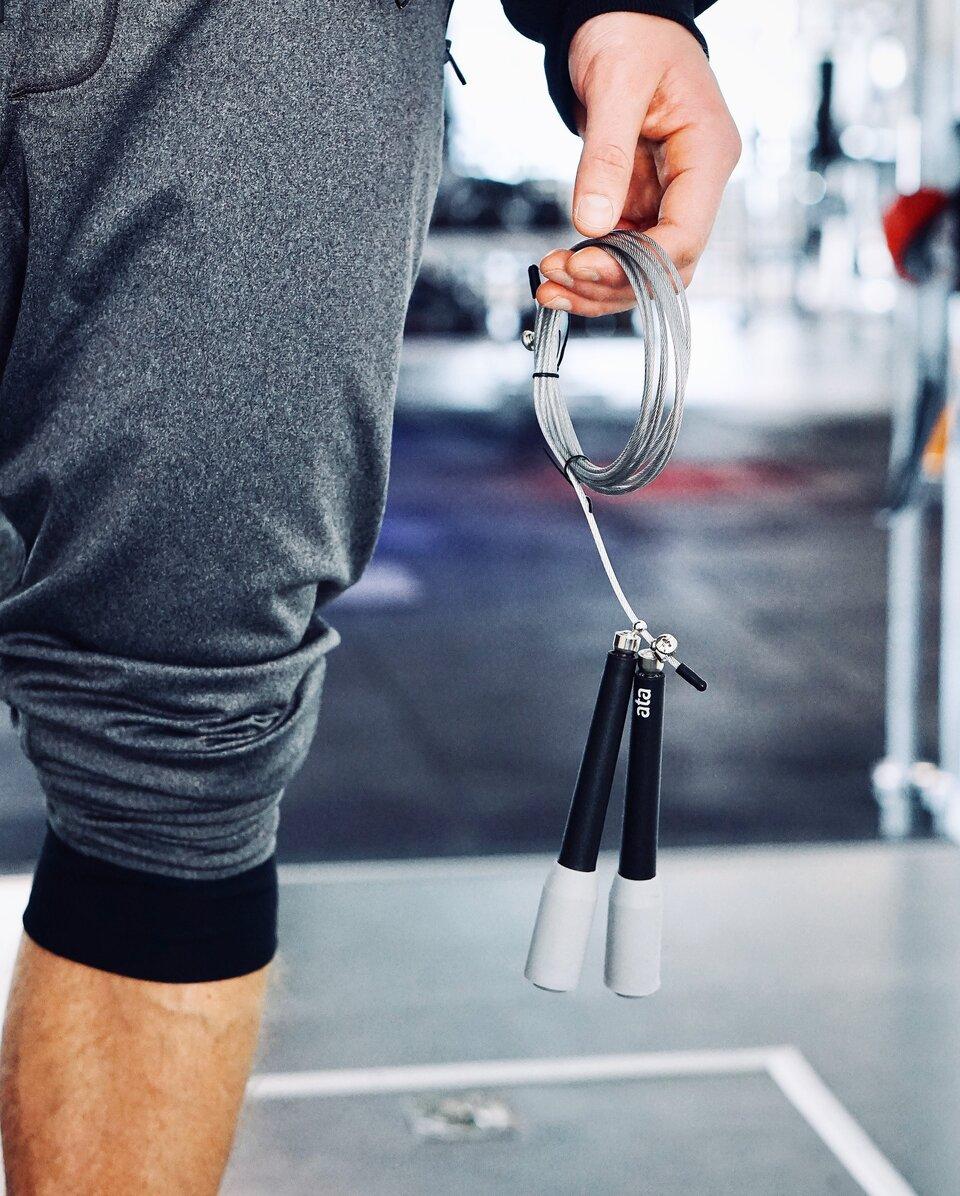 Saltar à corda é bom para os músculos e os ossos