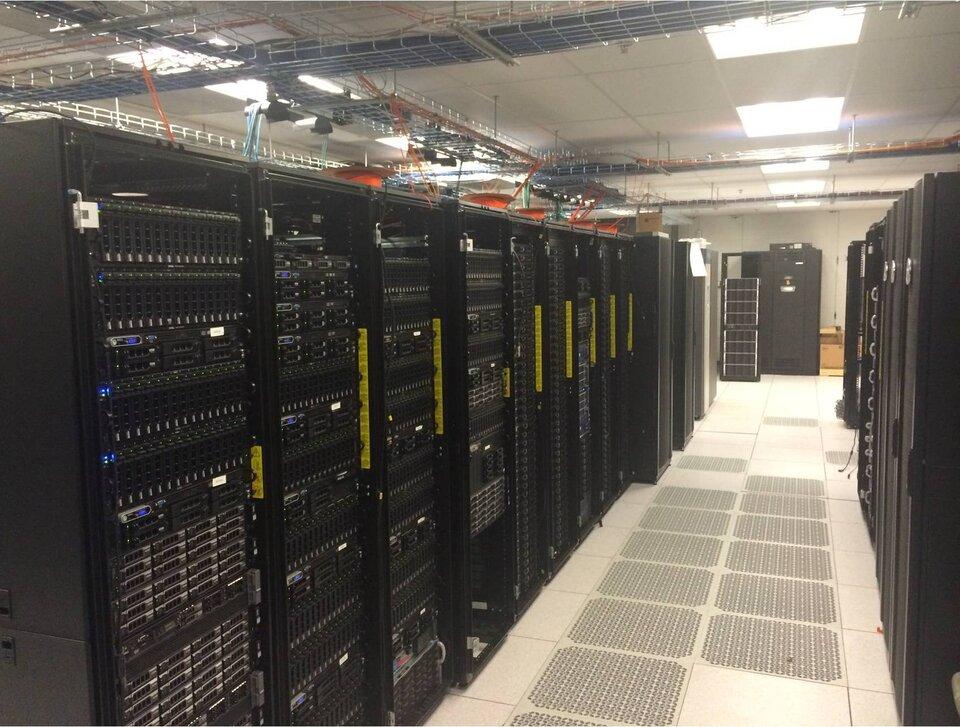 Grupo de supercomputadores Bluecrab