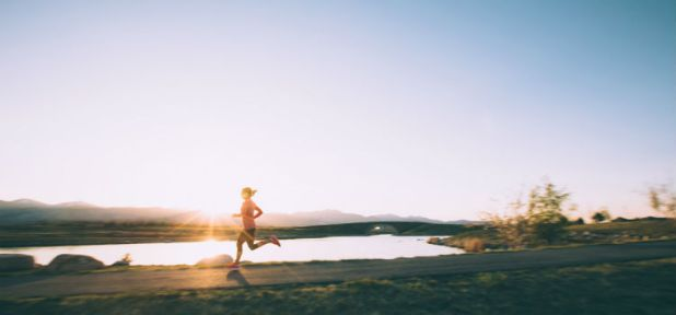 مارس التمارين وعيش حياة صحية