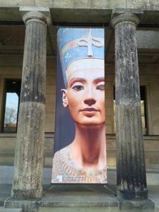 Busto de Nefertiti en el Museo Nuevo de Berlín