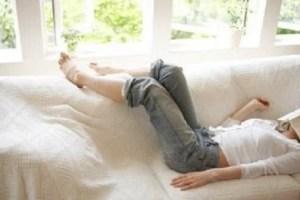 Sinto dor de cabeça e sono quando vou ler a Bíblia. O que fazer?