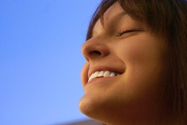 Os 3 segredos bíblicos para ter uma vida feliz em qualquer situação