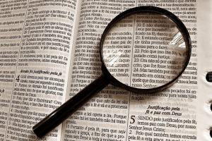 O que é contexto bíblico? Como entender a Bíblia lendo o contexto?