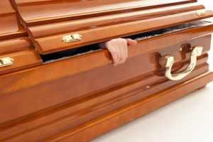 O que significa Jesus ser o primogênito de entre os mortos?