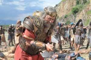 Contradição na Bíblia? O rei Saul se suicidou ou foi morto por um amalequita?