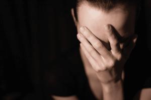 7 dicas fáceis para vencer a vergonha e a timidez de orar em público