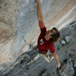 Chris Sharma en Three Degrees of Separation 9a de Ceüse - Foto Corey Rich