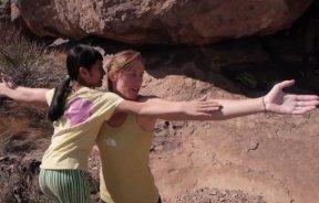 Video escalada boulder: Ashima Shiraishi en Crown of Aragorn V13/8b en Hueco Tank