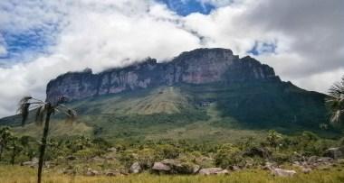 Cara sur del Upuigmá -foto - Alberto Raho