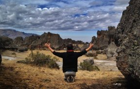Video Sanación 8b proyecto de Chevy Crespo en Hatun Machay Perú