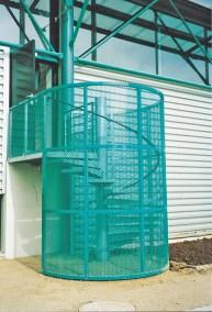 Cage en tôle perforée