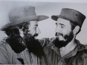 A su llegada a La Habana el 8 de enero de 1959, Camilo llevaba el sombrero regalado por Joaquín González.