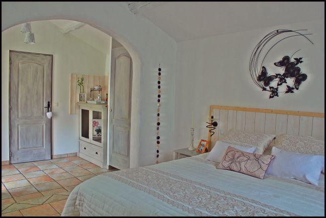 chambreromantique-bb-aixenprovence-aloreedupin-vacancesdecharmeenprovence