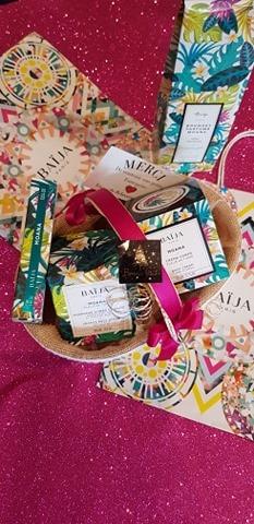 Coffret Baija Moana : 1 Gommage é 1 crème corps, 1 parfum corps et 1 bouquet parfumé pour la maison - 98€
