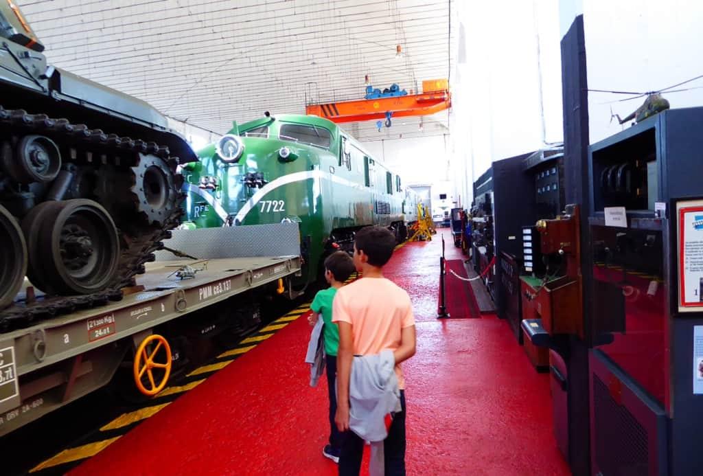 Con niños al Museo del Ferrocarril de Galicia