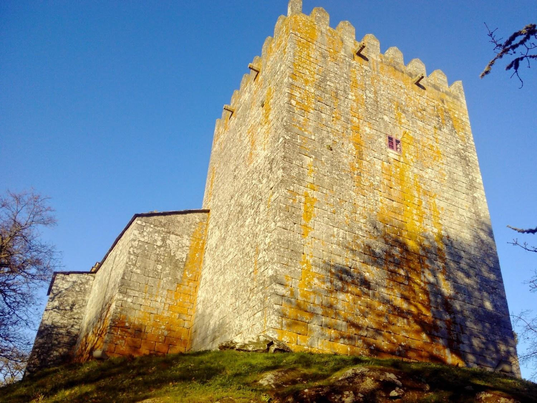 Castillos para ir con niños: San Paio de Narla (Friol, Lugo)