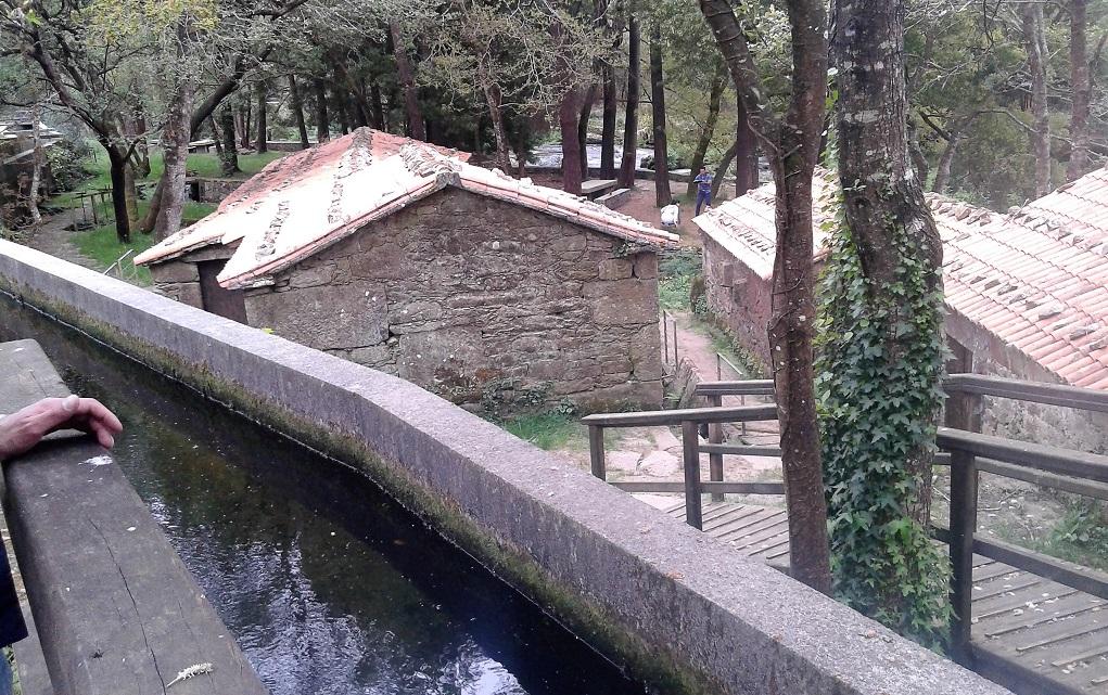 Molinos y batanes del Mosquetín (Vimianzo) y área recreativa