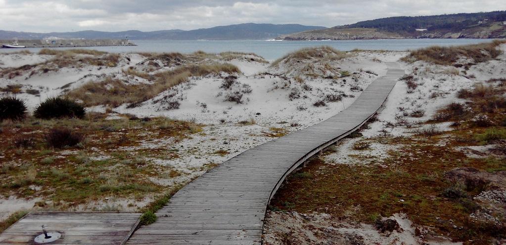 Invierno en la Costa da Morte: playa, parques y faro en Laxe
