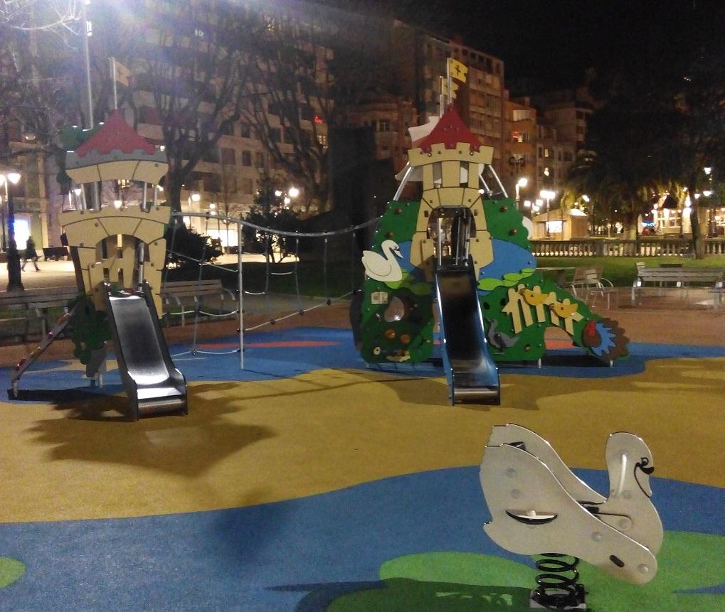 El parque infantil de los Jardines de Begoña (Gijón)