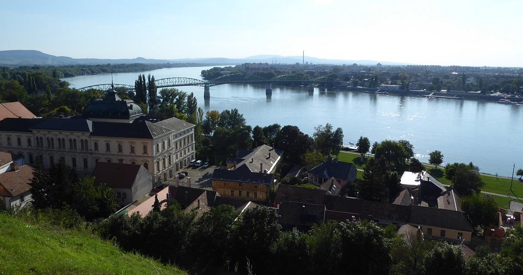 Los pueblos del Danubio: Esztergom y su enorme basílica