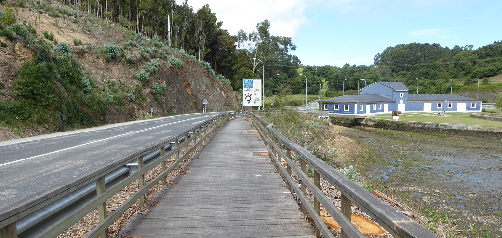 Ruta de As Aceas y Playa de Os Bloques