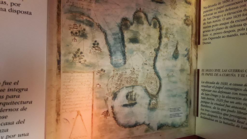 Antiguos mapas museo san Antón