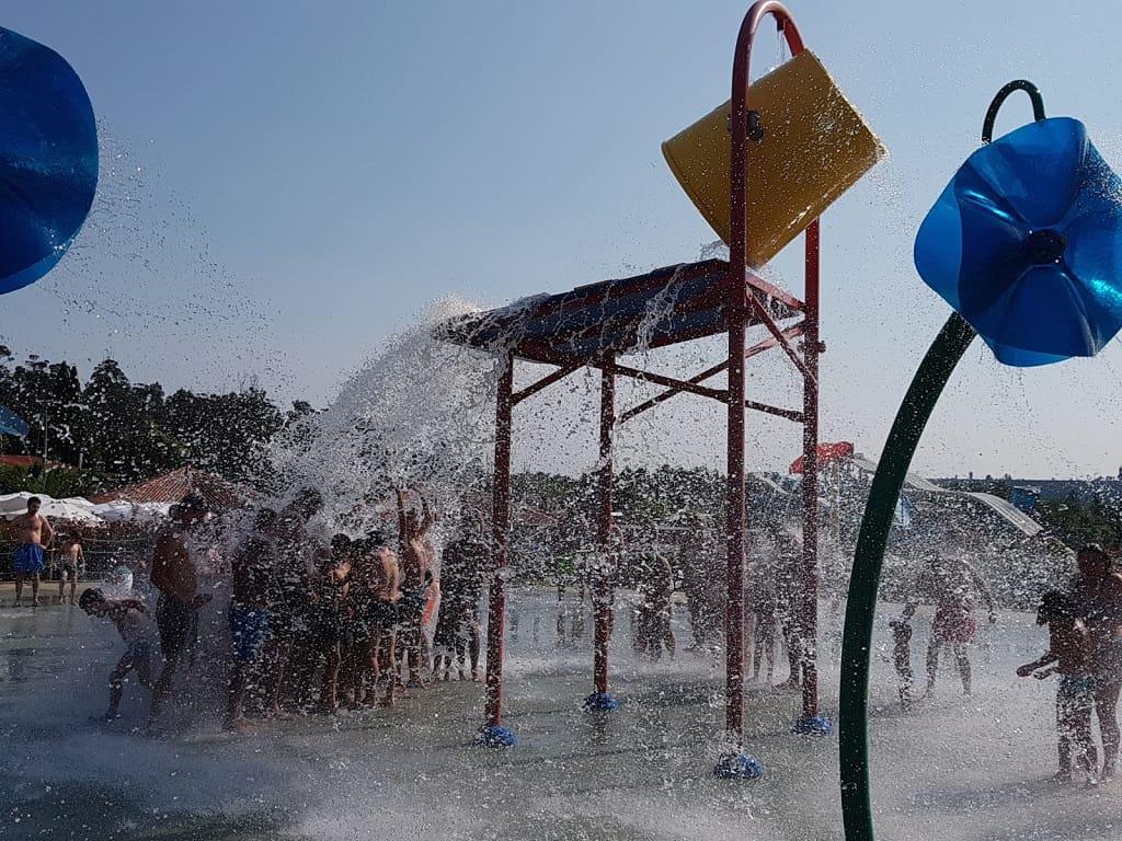 Parques acuáticos en Galicia para ir con niños