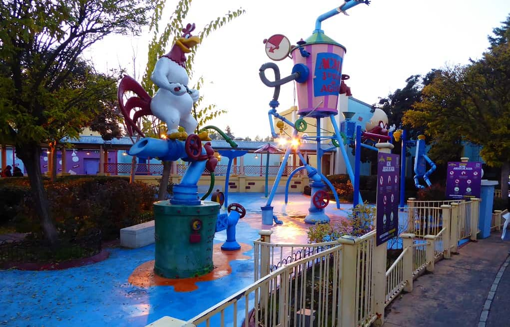 Una experiencia en el Parque Warner con niños
