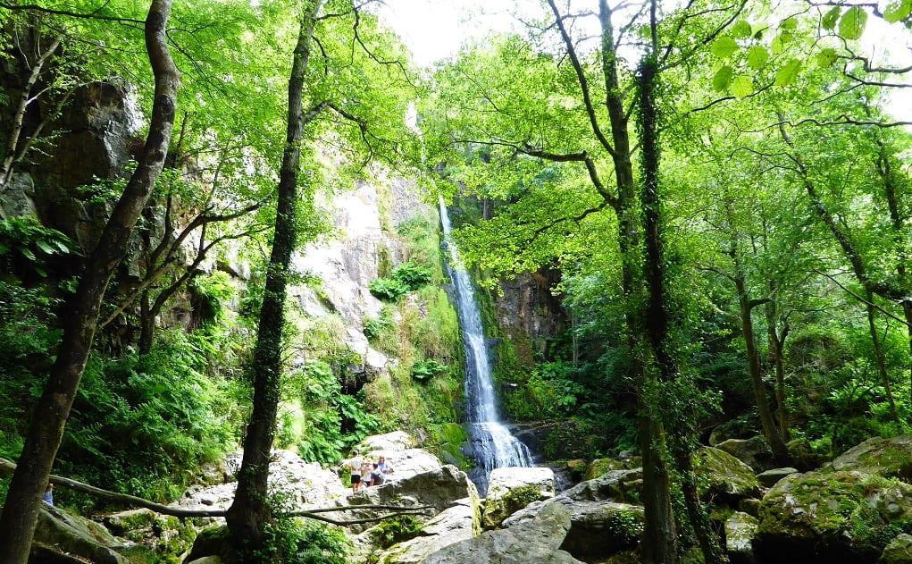 Villayón con niños: cascadas de Oneta