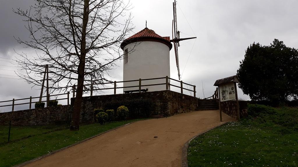 Molinos de viento en Galicia Miño
