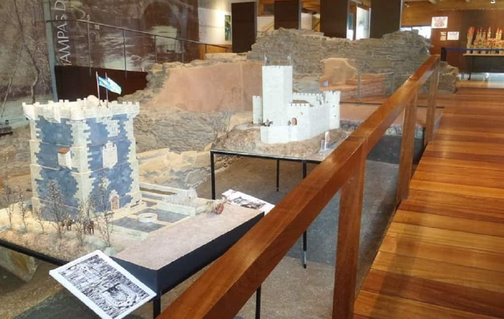 Los castillos de Galicia en piezas de juguete