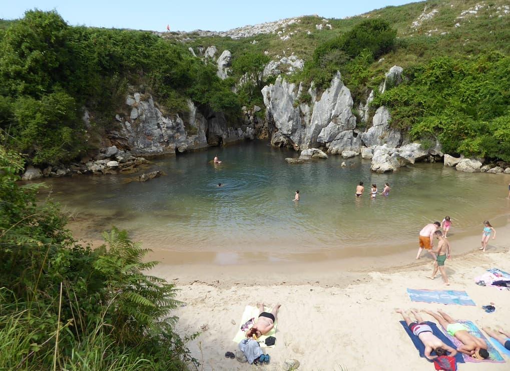Gulpiyuri: la playa marina interior